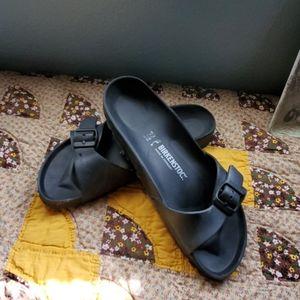Ladies Birkenstock light weight size 9 sandals